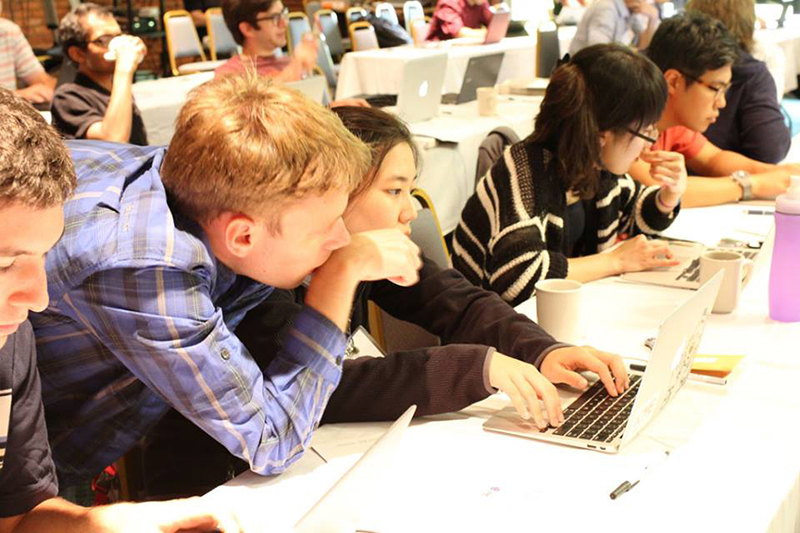 ATPESC participants collaborate